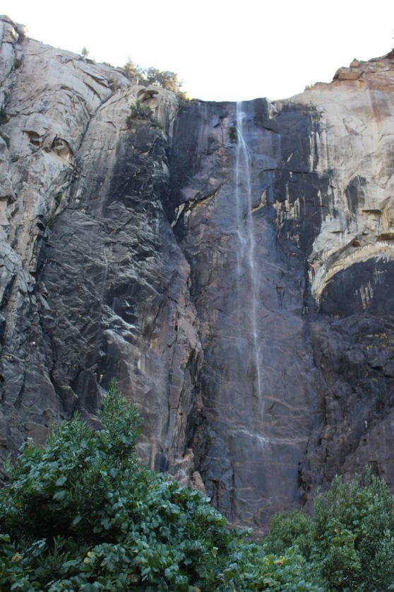 16-bridal-veil-falls-yosemite