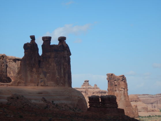 16-arches-the-three-gossips
